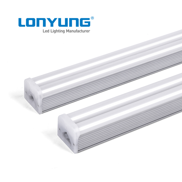 Double T5 Integrated Led Light